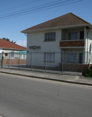 1 - ESTATE-LATE-E.F-TRAEGER-–-SECTIONALISED-BLOCK-IN-PAROW